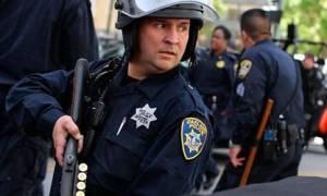 Видеть во сне полицейского сонник