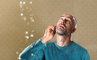 К чему снится протекающий потолок в доме сонник