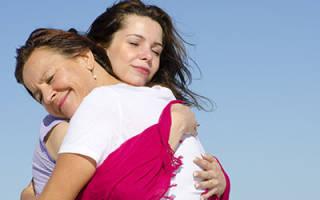 Обниматься с умершей мамой во сне сонник