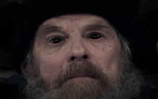 Видеть во сне умершего дедушку сонник