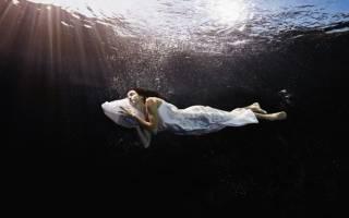 Плавать в мутной воде во сне сонник