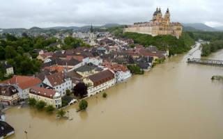 К чему снится наводнение в доме сонник