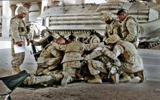 Видеть во сне военных сонник