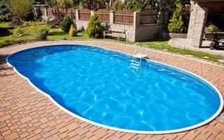 Сонник плавать в бассейне с чистой водой