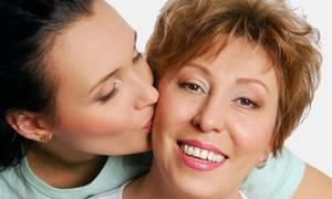 Во сне целовать умершую мать сонник