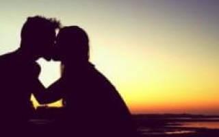 Покойник целует во сне в щеку сонник